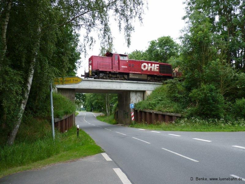 OHE 160074 auf der Heinser Brücke